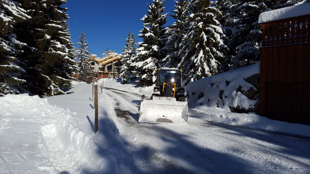 deneigement-parking-prives-meribel-courchevel