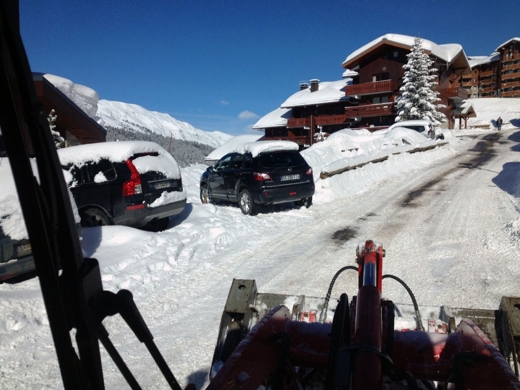 deneigement-route-parking-meribel-courchevel